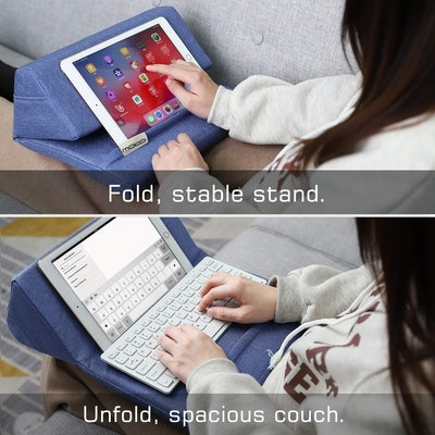 MoKo Tablet Pillow Stand