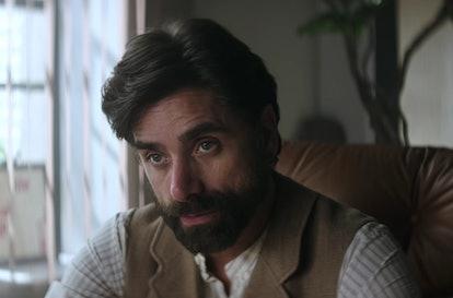 Dr. Nicky (John Stamos) on 'You' Season 1