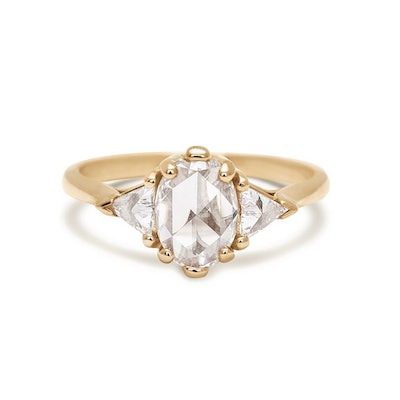 Oval Bea Ring