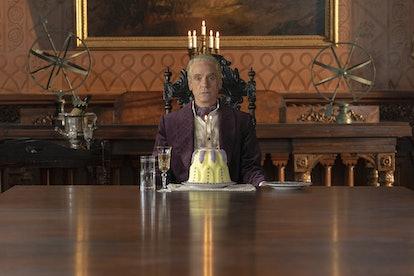 Veidt's horseshoe on 'Watchmen' is a mystery
