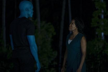 Yahya Abdul-Mateen II as Dr. Manhattan and Regina King as Angela Abar in Watchmen