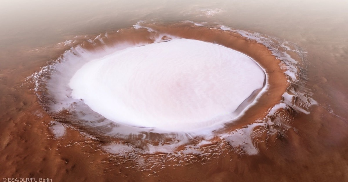 NASA scientists identify water ice close to Mars surface