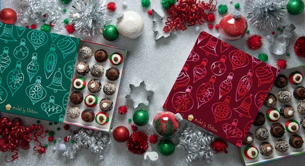 Baked By Melissa's Holiday 2019 Cupcake Collections includes holiday gift boxes.