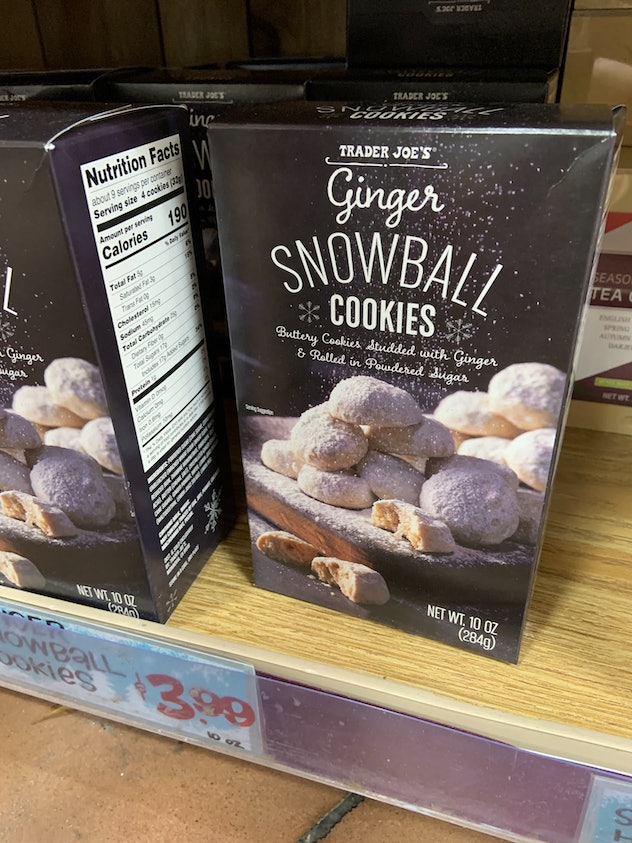 best trader joe's holiday desserts: ginger snowball cookies
