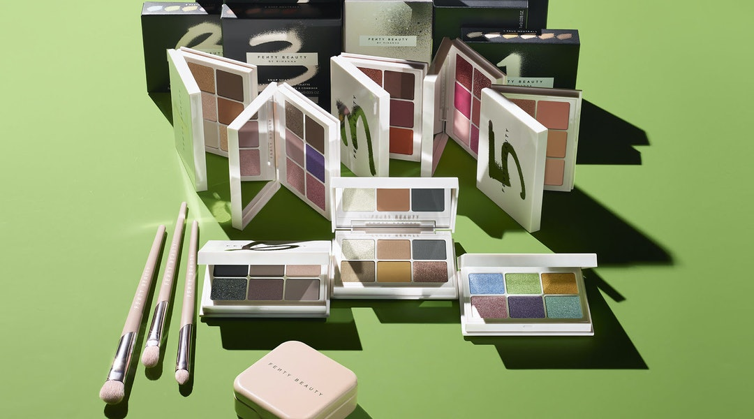 Fenty Beauty's new Snap Shadows Mix & Match Eyeshadow Palettes are what every eyeshadow enthusiast dreams of.