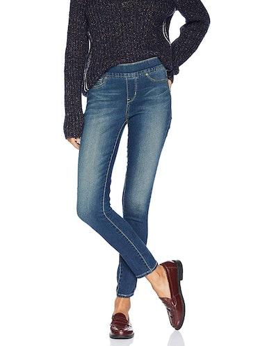 Signature Levi Skinny Jeans