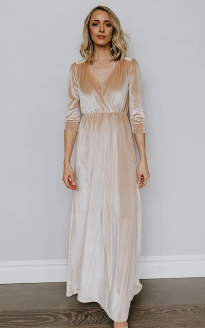 Sofia Velvet Maxi Dress in Shell