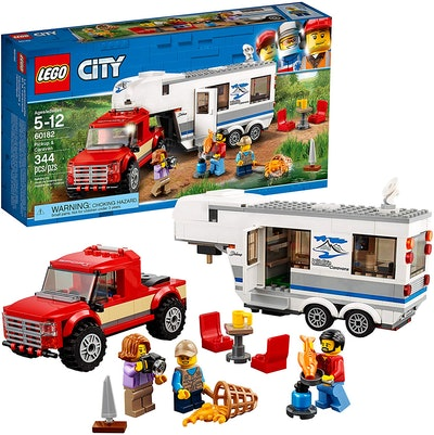 LEGO City Pickup & Caravan