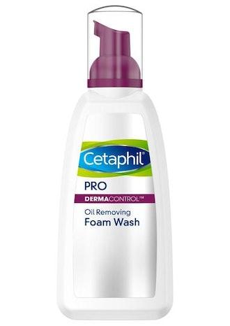 DermaControl Oil Removing Foam Wash
