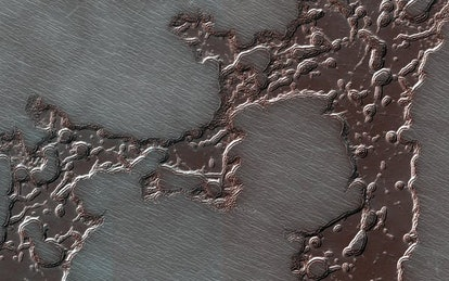 https://mars.nasa.gov/resources/22192/the-changing-ice-cap-of-mars/