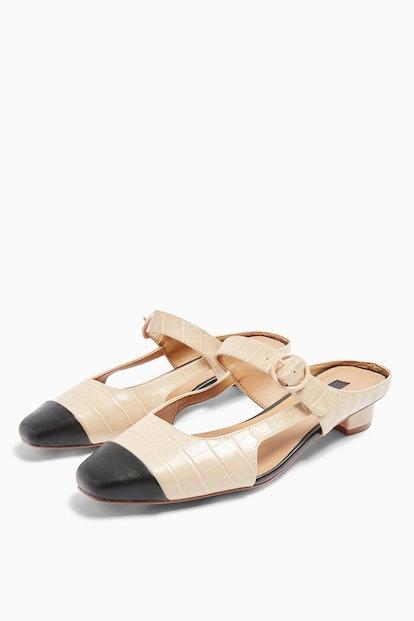 APRIL Toe Cap Shoes