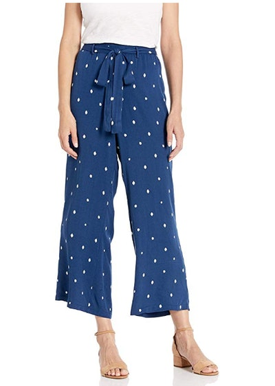 cupcakes and cashmere Women's Cropped Pants