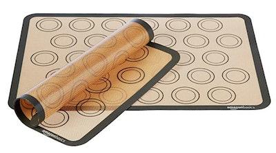 AmazonBasics Silicone Macaron Baking Mat (2-Pack)