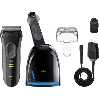 Braun Electric Foil Shaver with Clean & Charge Station, Series 3