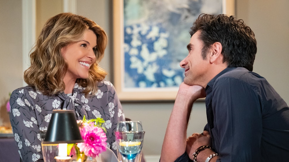 Lori Loughlin as Aunt Becky and John Stamos as Uncle Jesse in Fuller House