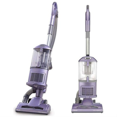 Shark Navigator Lift-Away Upright Vacuum NV352