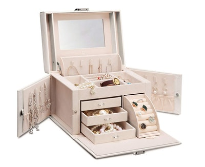 Vlando Faux Leather Jewelry Box