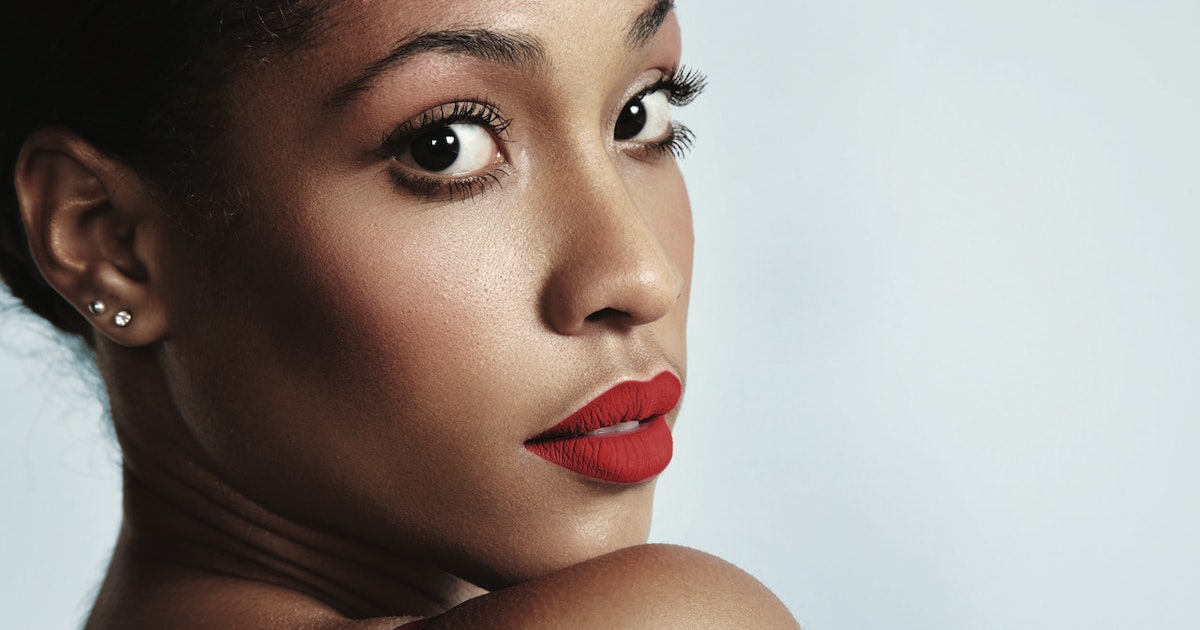 The 6 Best Red Lipsticks Of All Time
