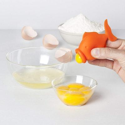 Peleg Design - Silicone Egg Separator Egg Yolk and White