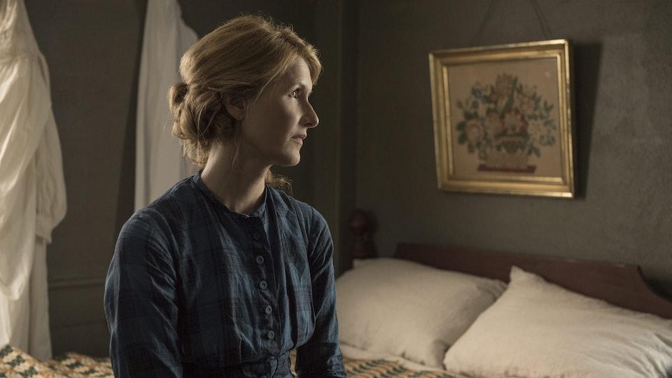 Laura Dern as Marmee in Little Women (2019)