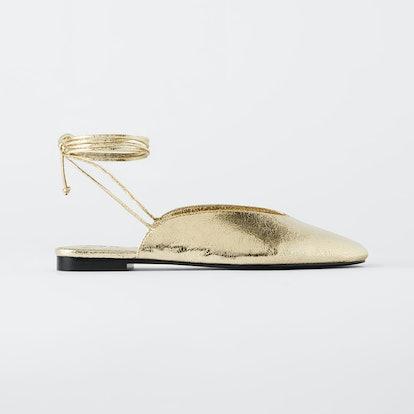 Tied Metallic Shoes