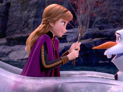 Anna and Olaf talk in Frozen 2