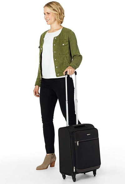 AmazonBasics Softside Carry-On Spinner (21-Inch)