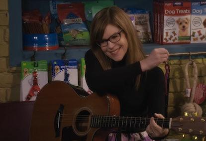 Lisa Loeb in Fuller House Season 5