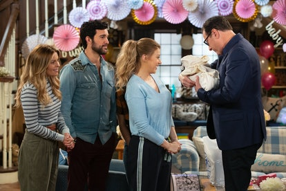 Danny Tanner meets Stephanie's new baby on Fuller House