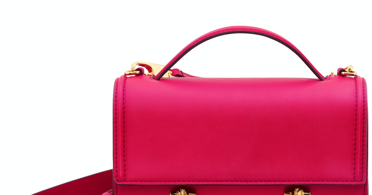Alexander McQueen's Story Bag Is Officially Supermodel Approved