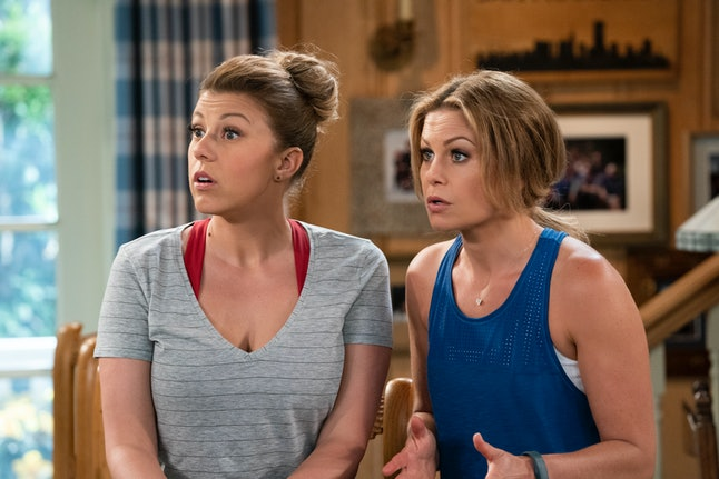 Jodie Sweetin as Stephanie and Candace Cameron Bure as D.J. in Fuller House