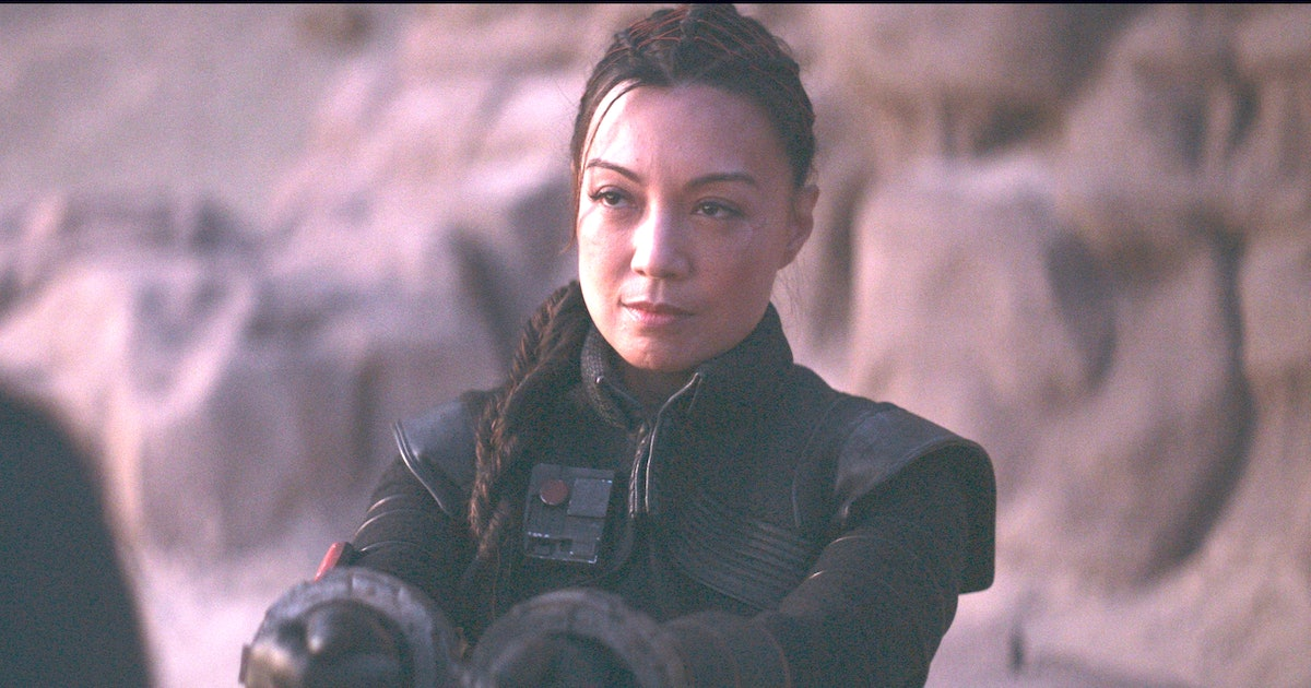 Who Is The Person At The End Of 'The Mandalorian' Episode 5? 6 Theories Promise Another Villain