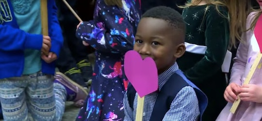 A little boy's entire kindergarten class showed up to cheer him on at his adoption hearing in Michigan.