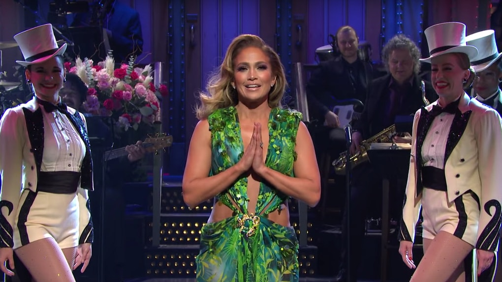 Jennifer Lopez wore her iconic green Versace dress on 'Saturday Night Live.'