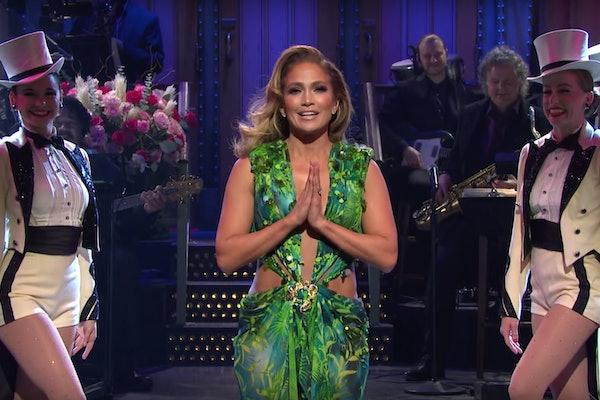 Jennifer Lopez wore her iconic green Versace dress on 'Saturday Night Live.'