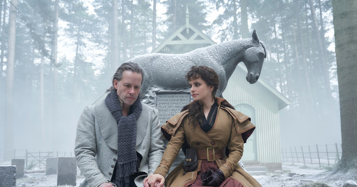 New Photos From Tom Hardy's 'A Christmas Carol' Show Off The Adaptation's Dark Side