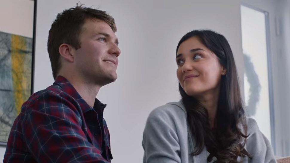 Rüyada Yeni Küs Kırgın Olduğun Yakın Arkadaşınla Muhabbet Edip Konuşmak