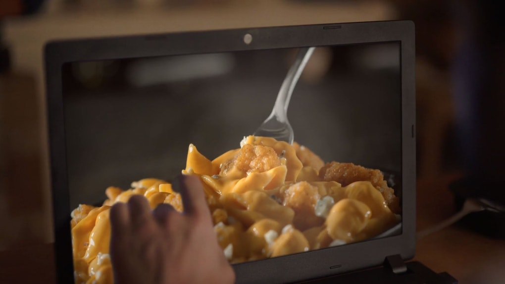 These Tweets About Devours 2019 Super Bowl Commercial Are Deliciously Hilarious-8447