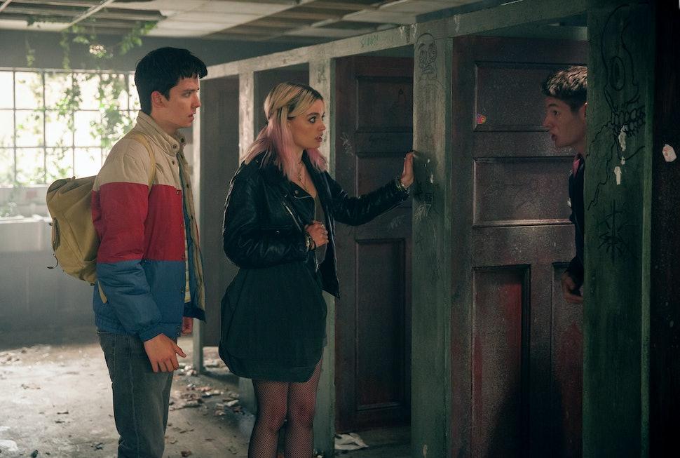 The 'Sex Education' Season 2 Announcement Would Make Regina George Proud —  VIDEO