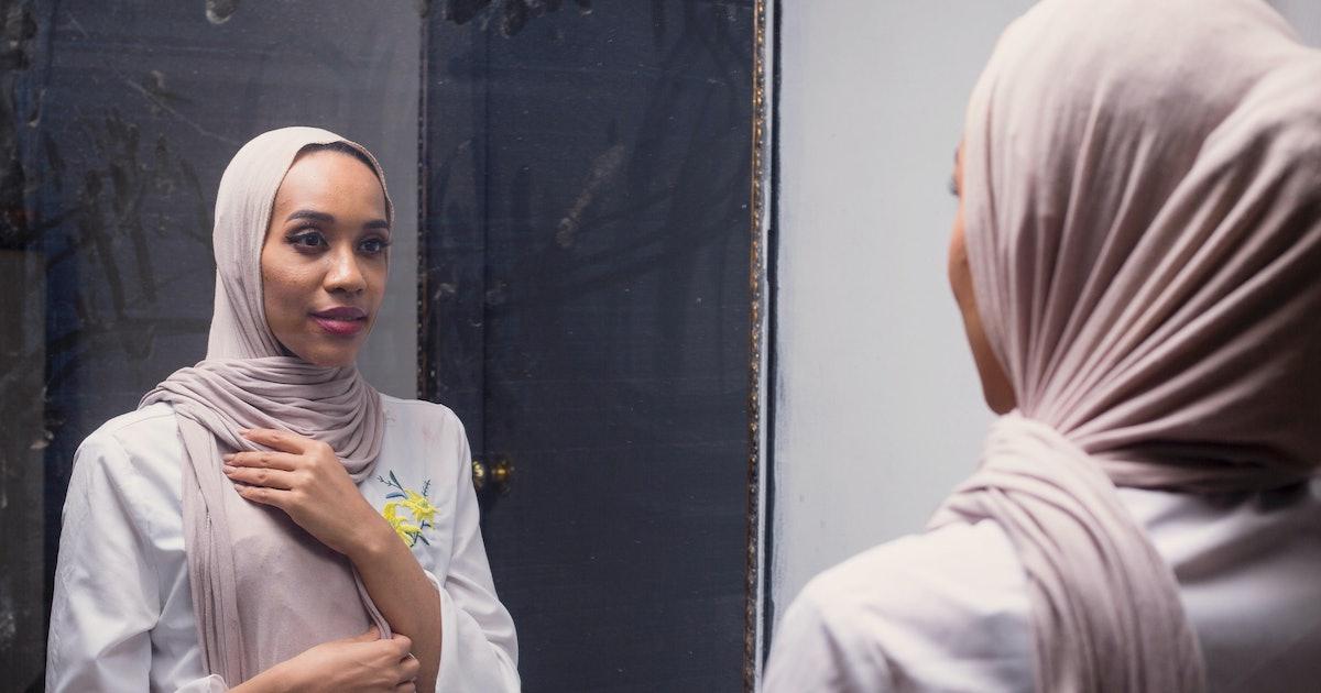 Spoken Word Poet Asma Elbadawi On Learning To Embrace Femininity & Her Natural Hair