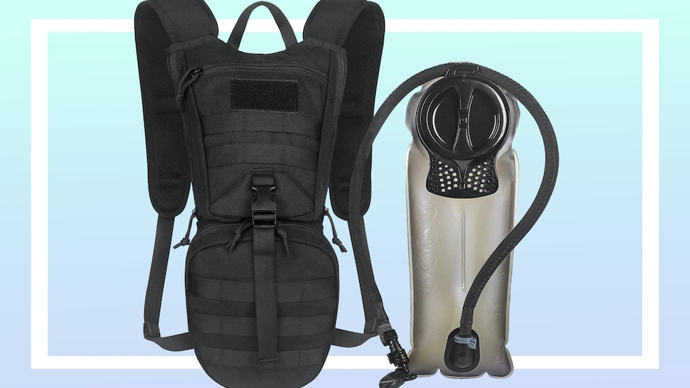 0a9e7059f079 The 4 Best Water Bladders for Hiking