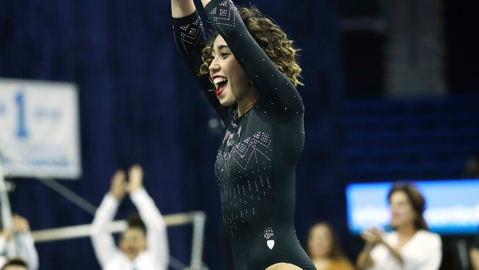 Katelyn Ohashi S Perfect 10 Floor Routine In Seattle Has The
