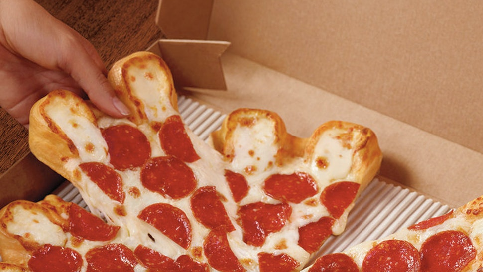 Pizza Hut S Ultimate Cheesy Crust Pizza Is Back For A Limited Time