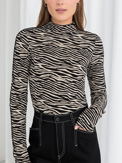 Fitted Zebra Turtleneck