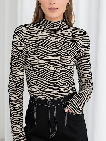 Fitted Zebra Turtleneck