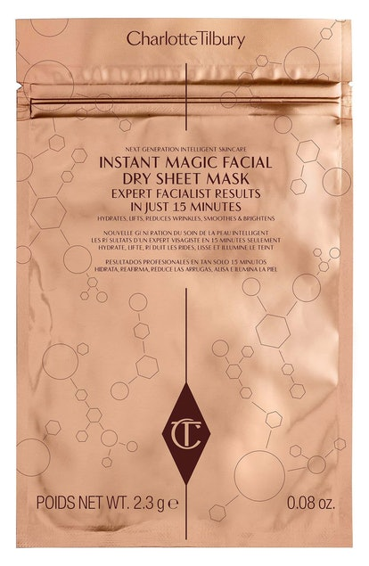 REVOLUTIONARY INSTANT MAGIC FACIAL DRY SHEET MASK