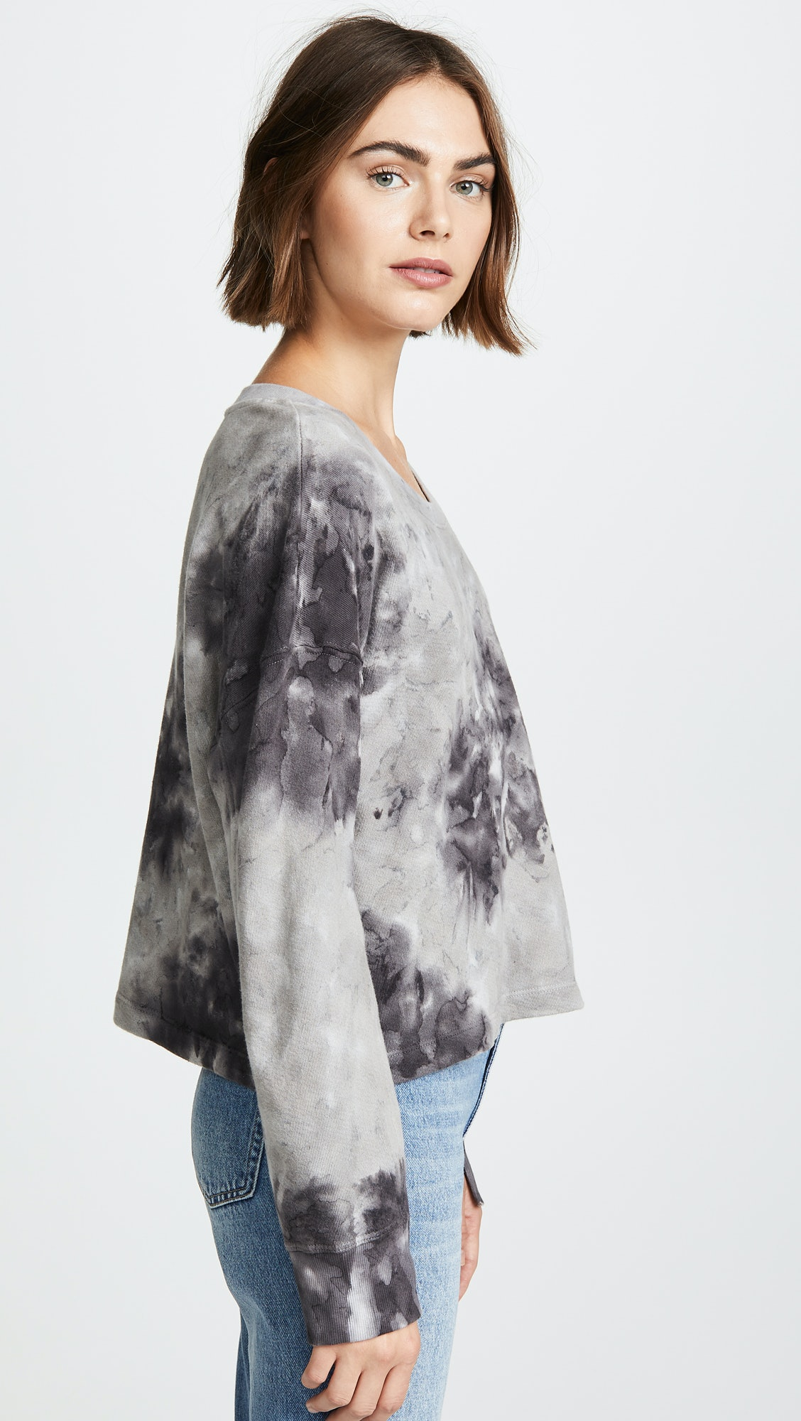 d4267a6c7 How To Wear The Tie Dye Trend, Thanks To These 15 Fashion Items