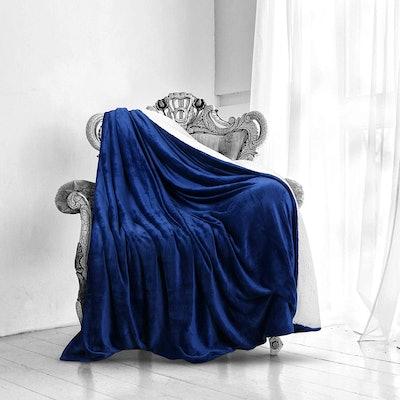 Utopia Reversible Sherpa Blanket