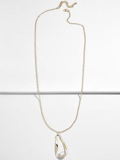 Stasia Pendant Necklace