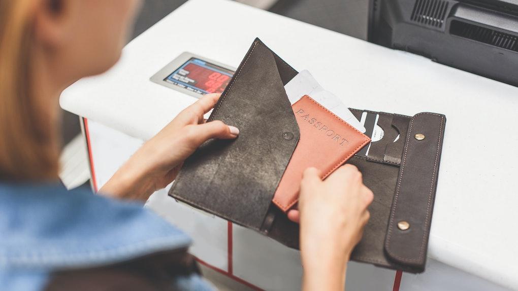 12613a9c2e77 The 5 Best RFID-Blocking Passport Wallets